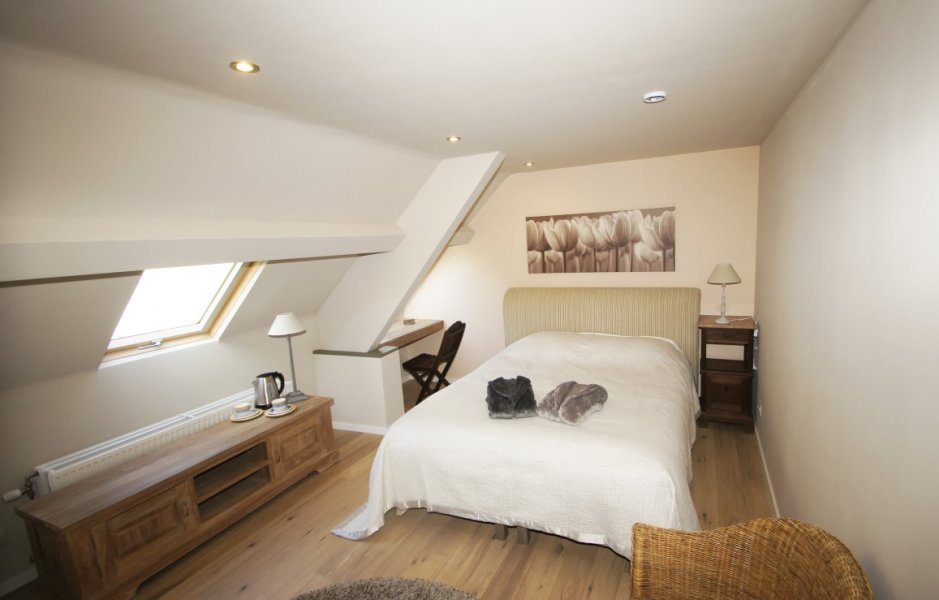 De zilverreiger bed breakfast bed and breakfast wijnegem b b belgie - Bed kamer ...